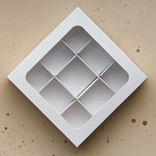 Коробка для 9 конфет, 135*135*30 мм.